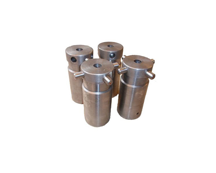 Electrostatic percipitator - driver insulator